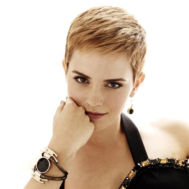 Emma-Watson-kisa-sac-modelleri