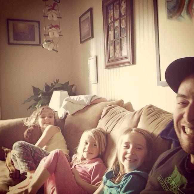 3 kızın babası