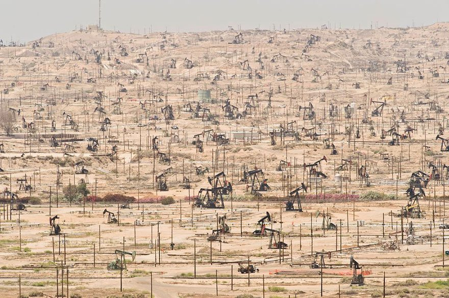 Kern River Oil Field – California