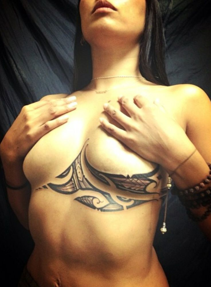 Göğüs Altı Kaburga Dövmesi 5