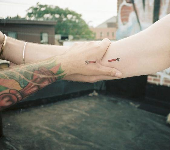 Çiftler için uyumlu dövme modelleri 11