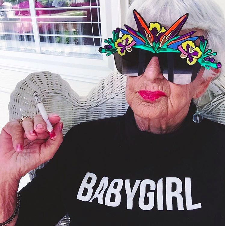 baddie winkle - Babaanne Instagram Fenomeni 1