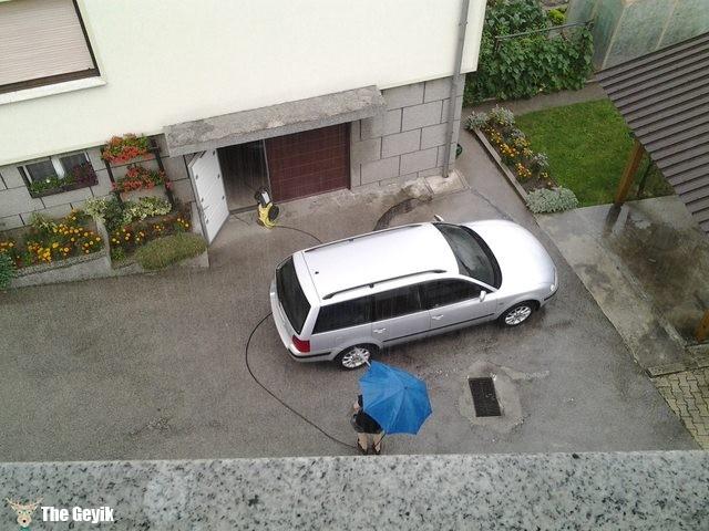 yağmurda araba yıkama