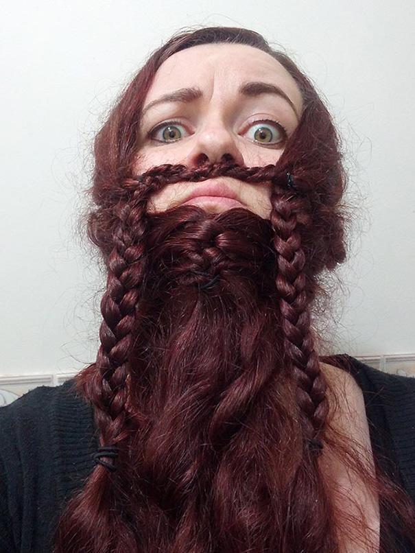 saçlarını sakal yapan sakallı kadınlar 8