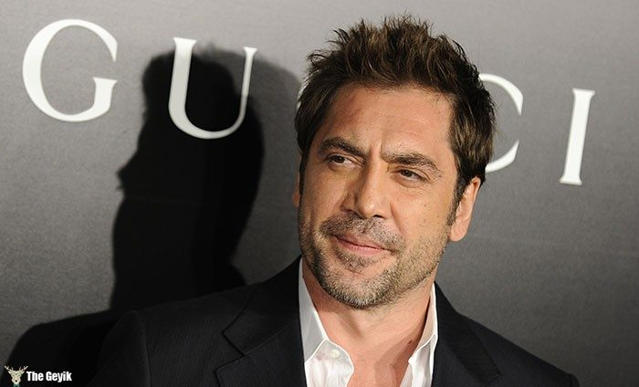 """Actor Javier Bardem arrives at the Los Angeles premiere of """"Biutiful"""" on December 14, 2010 in Los Angeles, California.  AFP PHOTO / ROBYN BECK"""