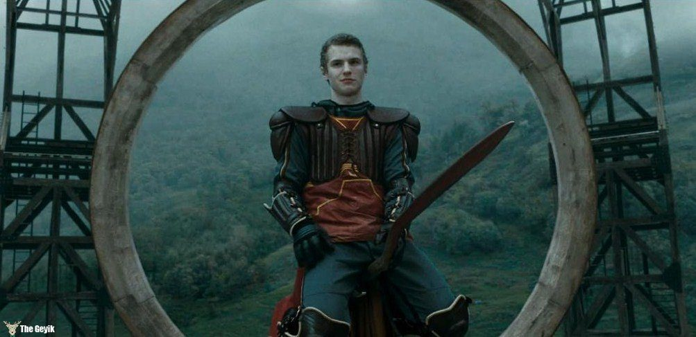 freddie-stroma-played-the-slightly-obnoxious-cormac-mclaggen-who-annoyed-hermione-during-professor-slughorns-christmas-party